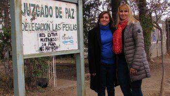 La defensora Paula Ruiz, junto a la jueza de Paz, Laura Pino (derecha).