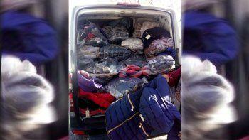 Decomisaron un cargamento de ropa trucha valuado en más de medio millón  de pesos