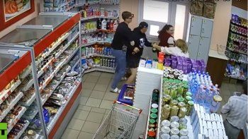 Clientes frustraron un robo en un supermercado