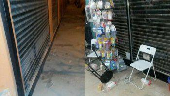 Quiso robar una farmacia y el dueño se defendió a los sillazos
