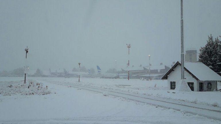 Localidades cordilleranas aisladas y sin luz por fuertes nevadas