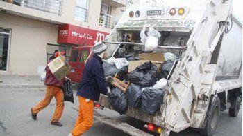 Recolectar los desechos urbanos es una tarea muy sacrificada.