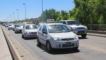 Los taxistas se organizan y se ayudan para evitar hechos delictivos.