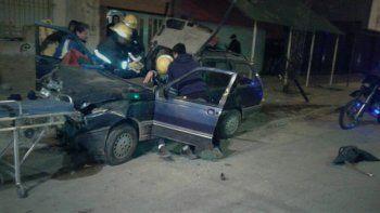 El Volkswagen Vento, conducido por un joven de 20 años, terminó su aventura en Pacheco y Lisandro de la Torre.