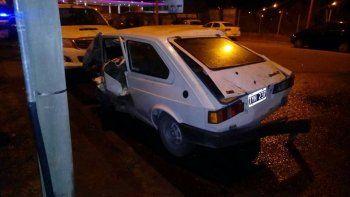 peor que chano: perdio el control de su auto, choco a otros siete, volco y salio despedido