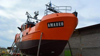 el lunes presentan el primer barco pesquero construido en la provincia