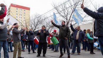 El sindicato con más afiliados de la comuna estuvo tres semanas con medidas de fuerza. Ahora se busca el diálogo, pero las diferencias son profundas.