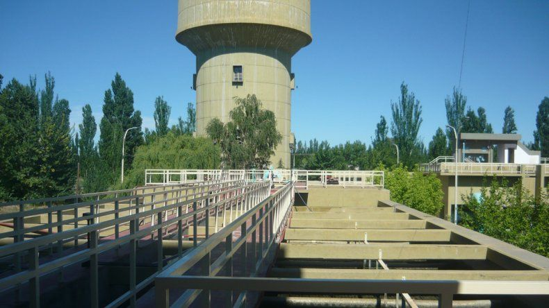 Convocan a una audiencia pública por el plan director de agua potable