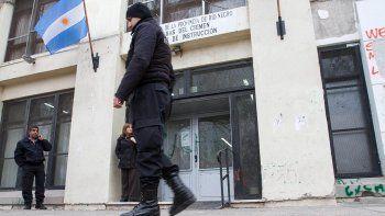 En los tribunales locales se investiga una causa por corrupción de menores.