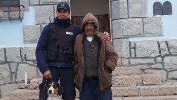 Dieron de alta al abuelo rescatado por una perra en Comallo