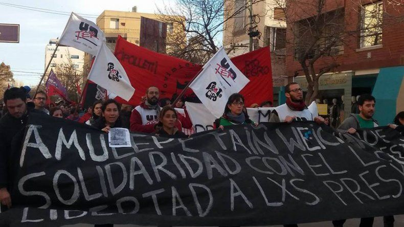 Marcharon en la ciudad por la aparición con vida de Santiago Maldonado