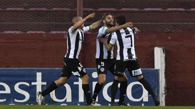Cipo festejó en La Chacra: 1-0 al Rojo con gol de Piñero Da Silva