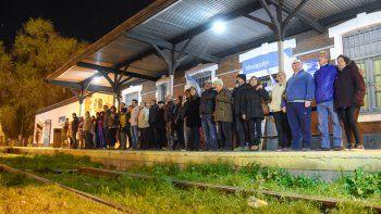 Ayer se realizó un abrazo simbólico a la estación ferroviaria de Neuquén.