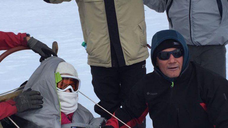 En la nieve utilizó un trineo especial.