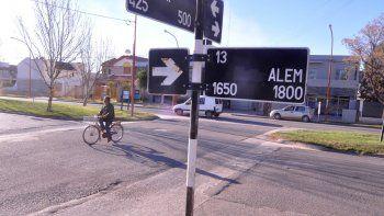 Uno de los últimos arrebatos ocurrió en la esquina de Alem y Río Limay.