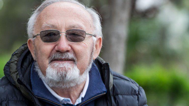 Murió Franco, el hombre que buscó a sus ex compañeros del secundario