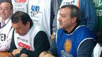 Molina y Aguiar, líderes de las dos CTA, unificaron reclamos.