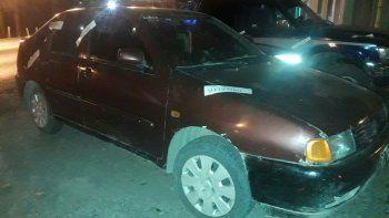 Uno de los vehículos secuestrados fue un Volkswagen Polo.