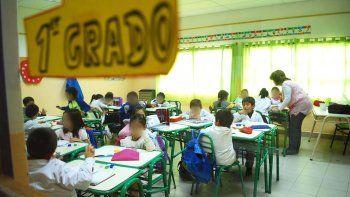 En muchas aulas, enseñar por momentos pasa a segundo plano debido a los problemas sociales de los alumnos.
