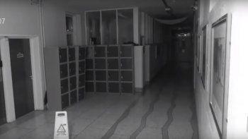 filmaron un fantasma en una vieja escuela de irlanda