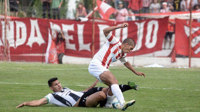 Velázquez había visto la roja en el partido ante Independiente.