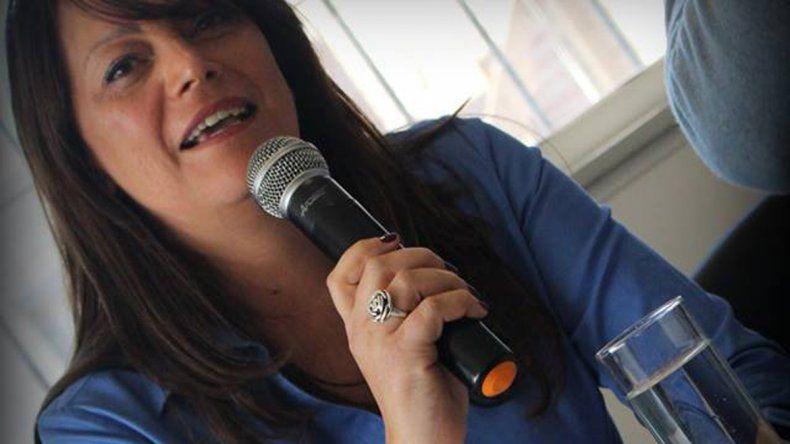 Álvarez es la primera presidenta.