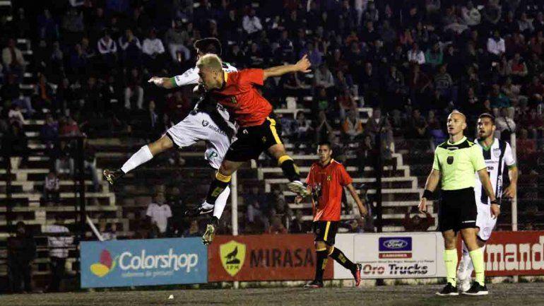 Cipo pudo dar vuelta el partido y le ganó al Deportivo Madryn