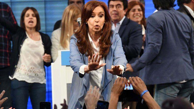 Cristina reconoció la derrota y dijo que serán la oposición en el Congreso