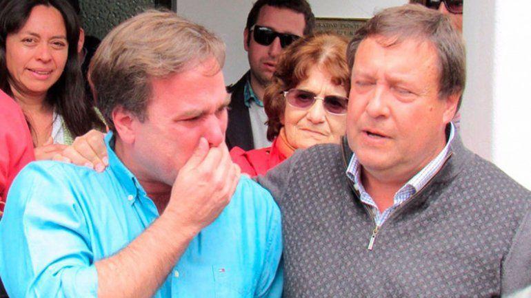 El intendente de El Bolsón lloró al recuperar el edificio municipal