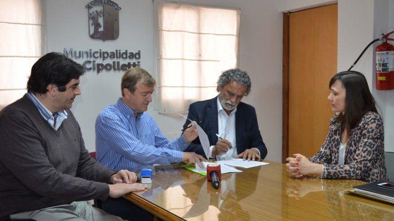 El acuerdo con el municipio cipoleño fue firmado ayer.