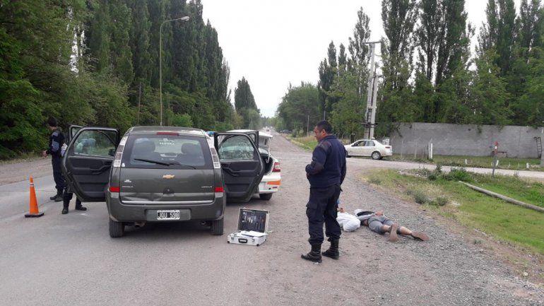 Le robaron el auto a un vecino, se dieron a la fuga pero no llegaron lejos