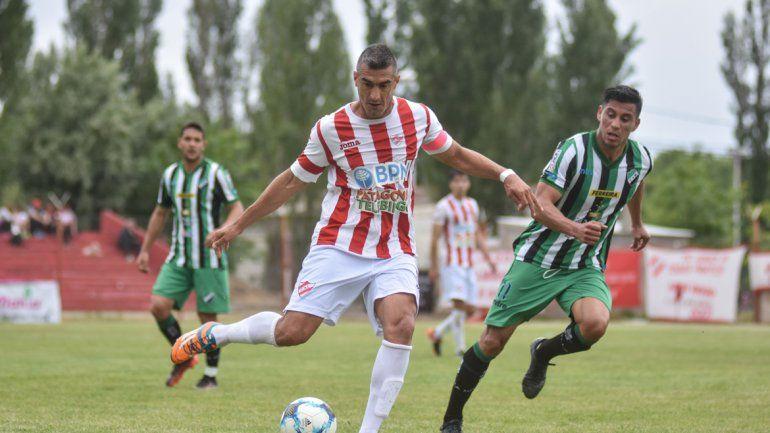 Independiente no levanta y en La Chacra empató con Villa Mitre.