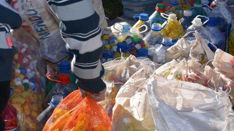 La Muni ayudó con la recolección de tapitas para la Fundación Garrahan