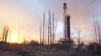 la produccion de gas cayo en el pais y crecio en rio negro