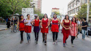 El reclamo en las calles ayuda a muchas víctimas a vencer el miedo y a denunciar hechos de abuso sexual.