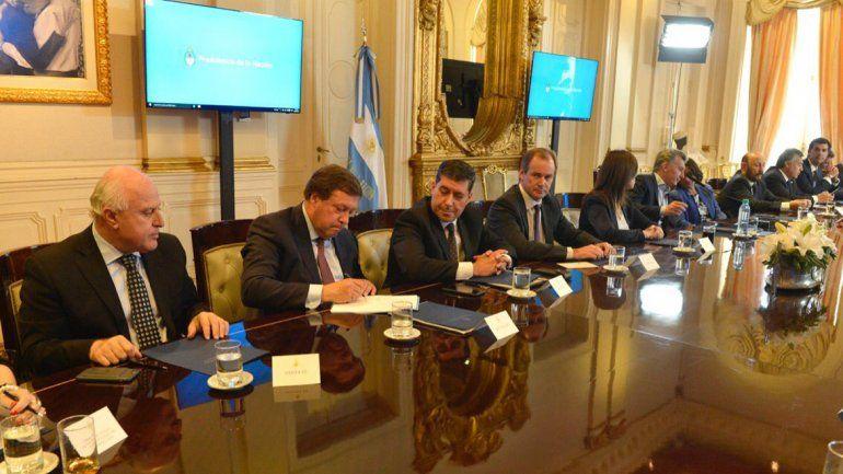 Weretilneck: El acuerdo fiscal no representará una pérdida de recursos para Río Negro