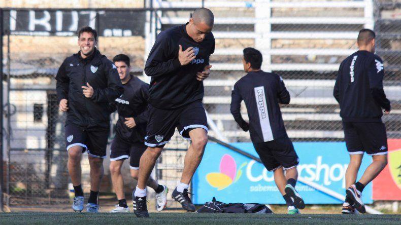 El marcador central Damián Jara hizo un duro análisis del equipo tras la derrota del miércoles en el clásico.