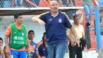 El técnico de Roca, Mauro Laspada, no se hizo cargo de la sal.