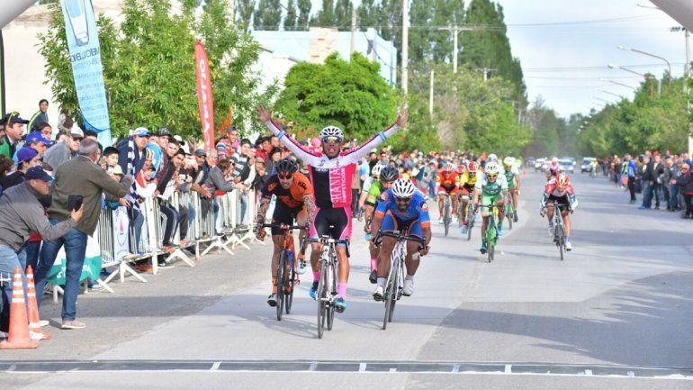 Molina volvió a subirse a lo más alto del podio.