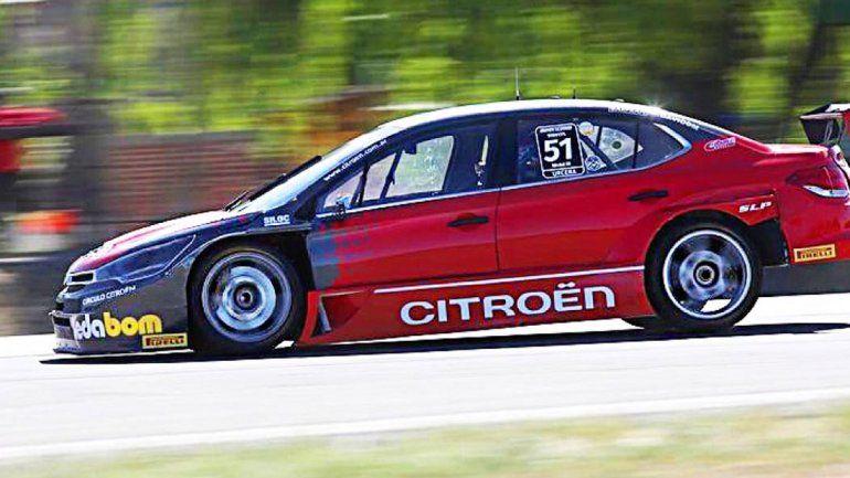 Urcera pasó a 15 autos durante la final del Súper TC 2000 en General Roca. Sumó puntos y fue el mejor de Citroën.