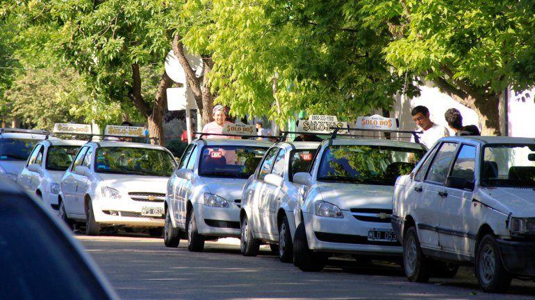 Bronca de taxistas: piden que se les actualice la tarifa