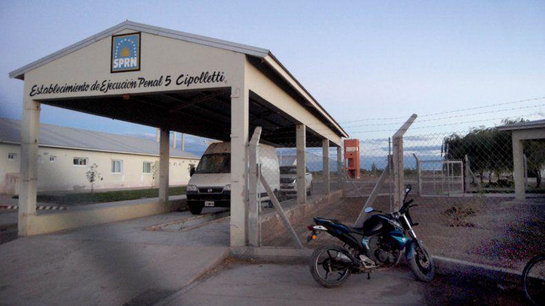 El abusador permanece preso en la cárcel de Cipolletti.