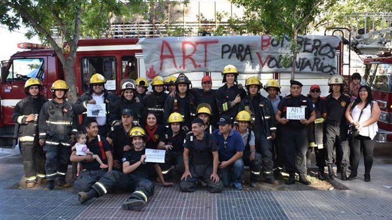 Los bomberos cipoleños se habían sumado al reclamo nacional.