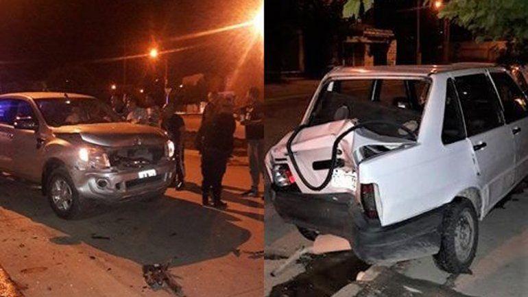 A lo Chano: perdió el control, chocó a dos autos estacionados y lo quisieron linchar