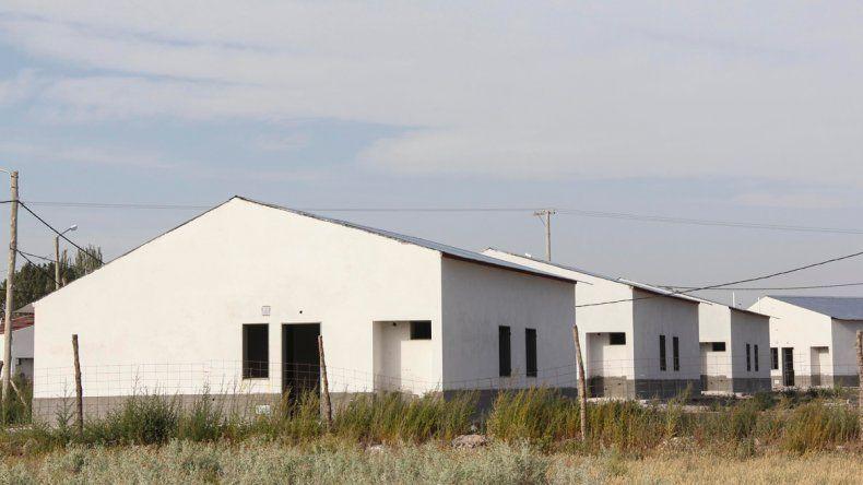Las viviendas del plan habitacional se habían paralizado hasta que Provincia asumió la decisión de hacerse cargo y terminar los trabajos pendientes.