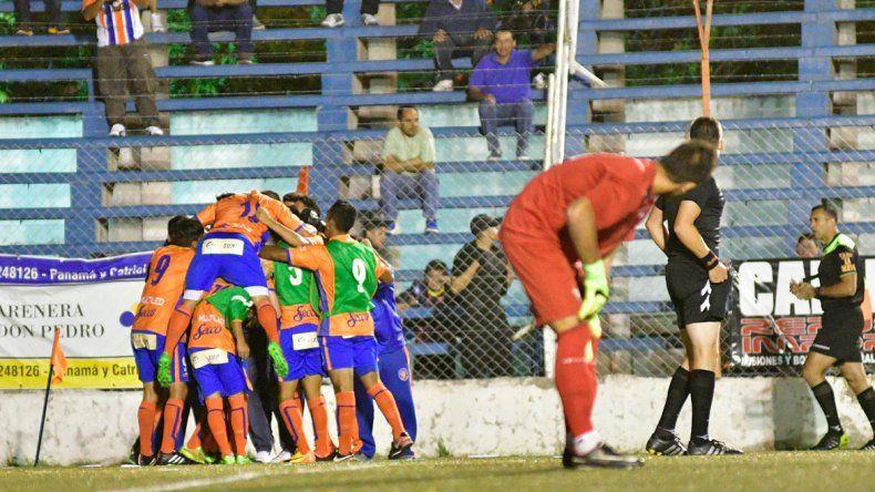 La alegría de Roca y la desazón de todo Independiente
