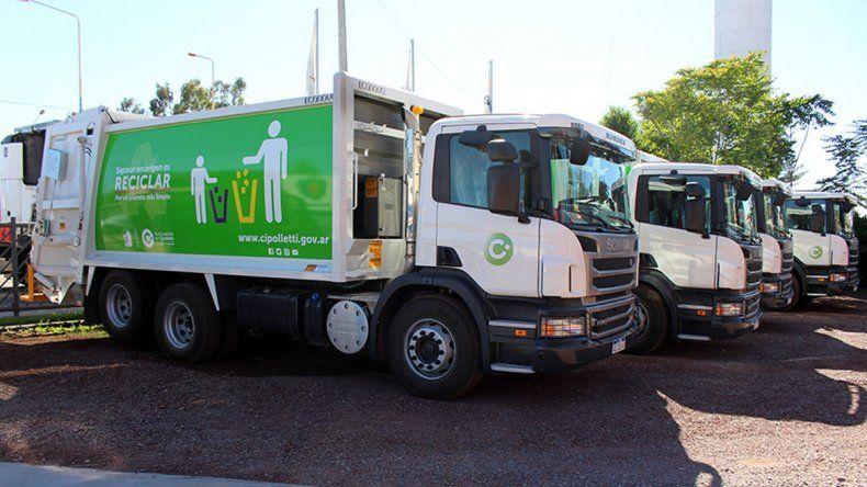 Comenzaron a funcionar dos de los nuevos camiones recolectores