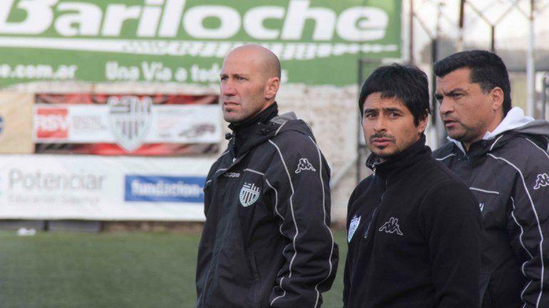 Bruno Weisser es entrenador en divisiones formativas del Club Cipolletti.