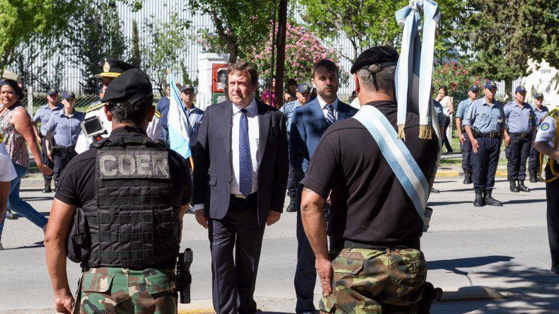 la Policía celebró su día con un gran desfile en la ciudad
