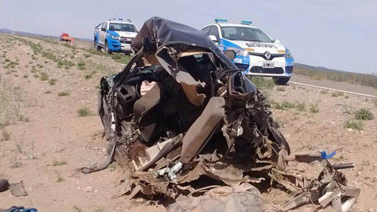 El auto del cipoleño quedó destruido tras el violento impacto.